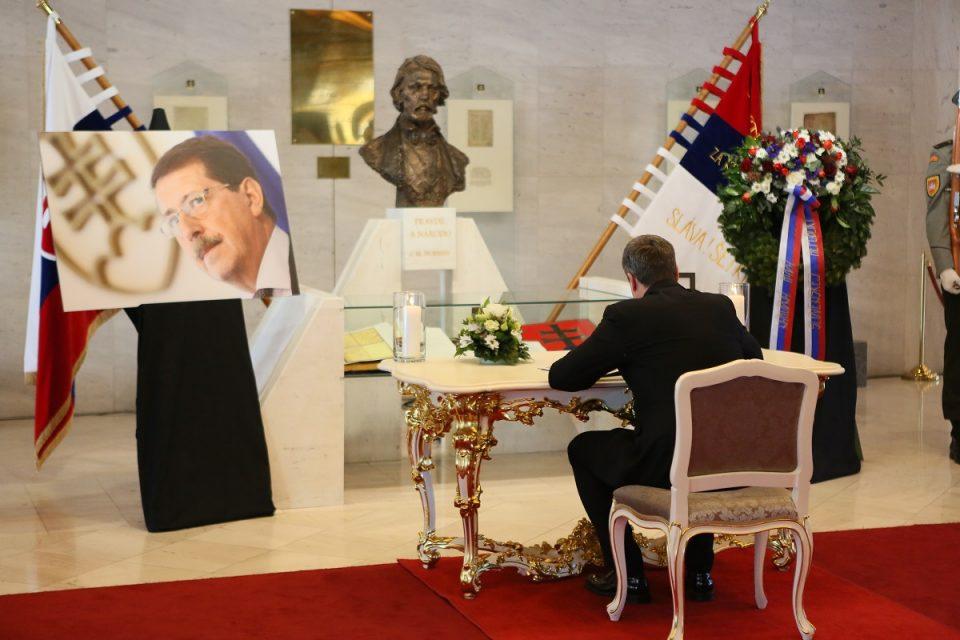 A. Danko - Pietna spomienka na počesť bývalého predsedu NR SR Pavla Pašku