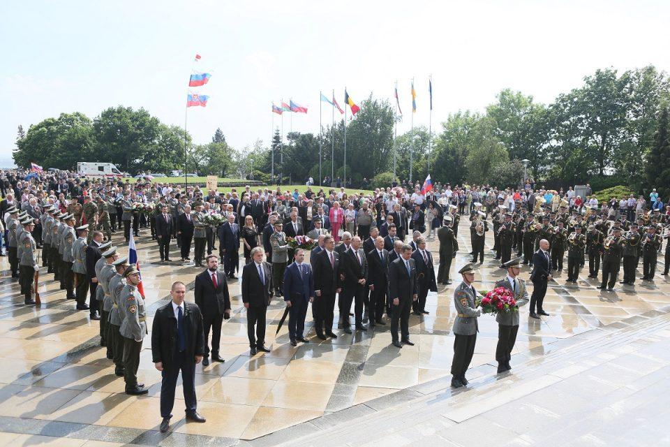A. Danko - Deň víťazstva nad fašizmom, uctenie si pamiatky na Slavíne