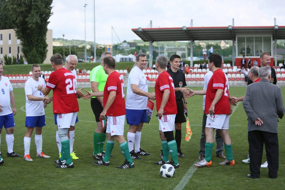 Futbalový turnaj, 2. zápas, SK vs HU