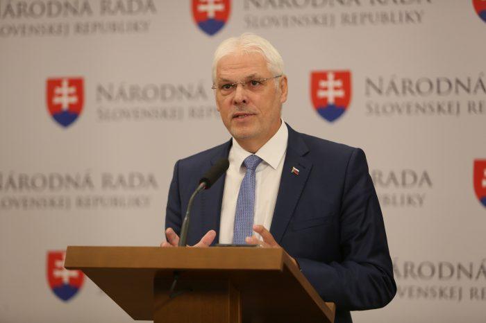K. Farkašovský - O komunikácii
