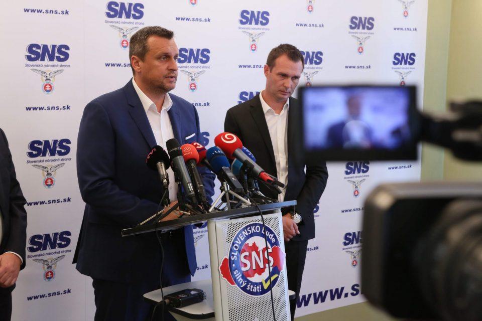 A. Danko, T. Bernaťák, P. Ďurček - Rekreačné poukazy
