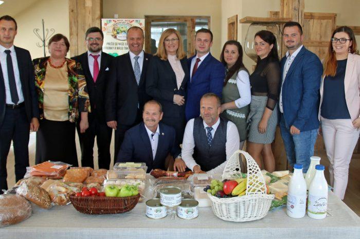 Pavol Goriščák si prevzal z rúk ministra cenné vyznamenanie