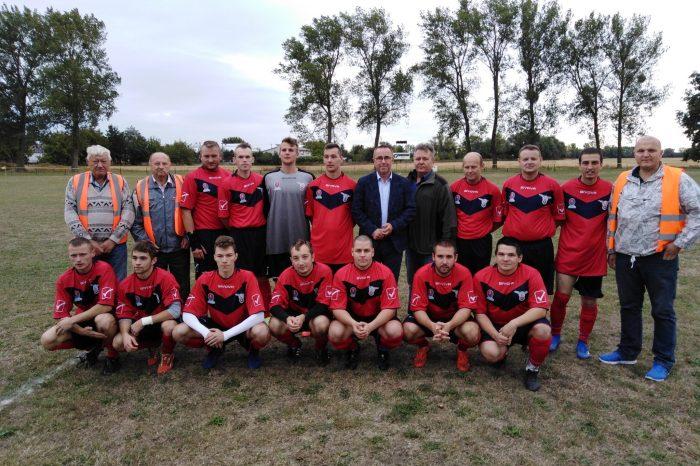Futbal vo farbách Slovenskej národnej strany