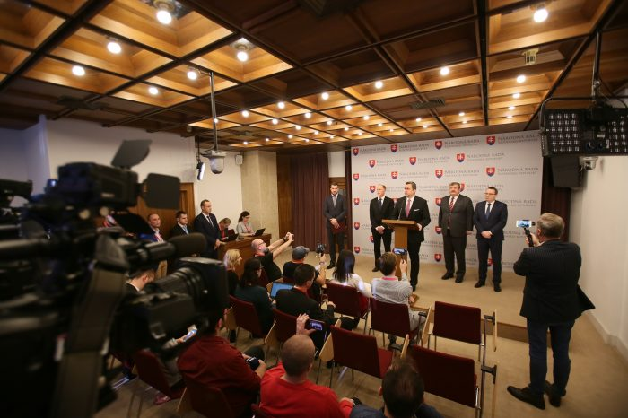 Andrej Danko: Presadili sme uznesenie proti Globálnemu paktu OSN