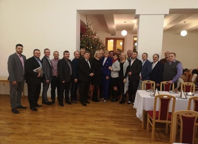 Stretnutie členov KR SNS Nitra astarostov zvolených za SNS