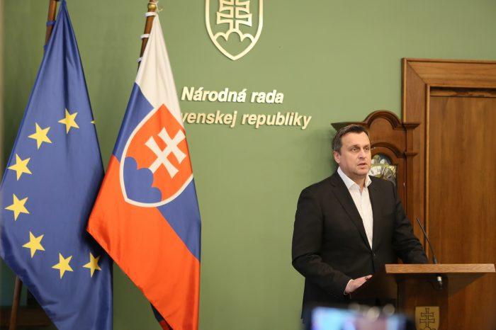 A. Danko - O voľbe kandidátov na ústavných sudcov