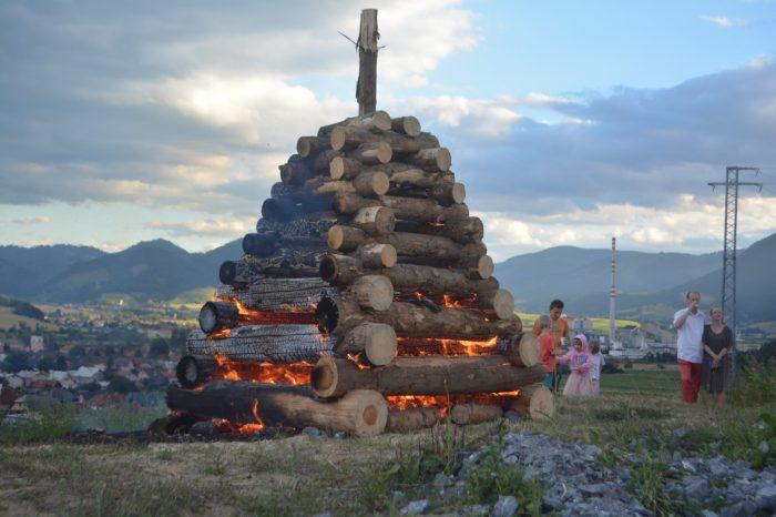 Vatra zvrchovanosti horela v Liskovej