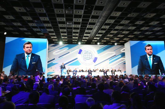 Riešenia aktuálnych globálnych výziev nie sú možné bez dialógu svetových veľmocí