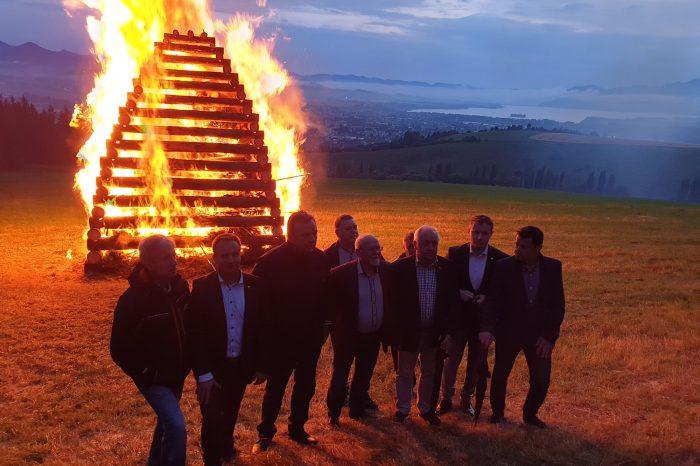 Nad Liptovským Mikulášom horela Vatra zvrchovanosti