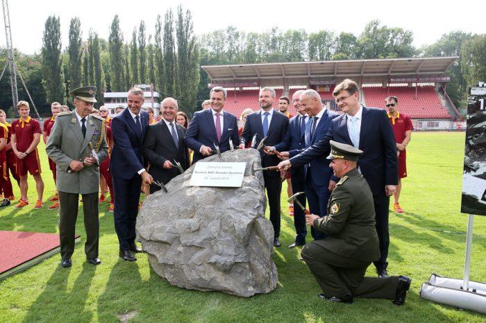A. Danko - Poklepanie základného kameňa v Banskej Bystrici