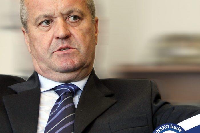 P. Gajdoš - Vyhodnotenie vojenskej prehliadky na oslavách SNP