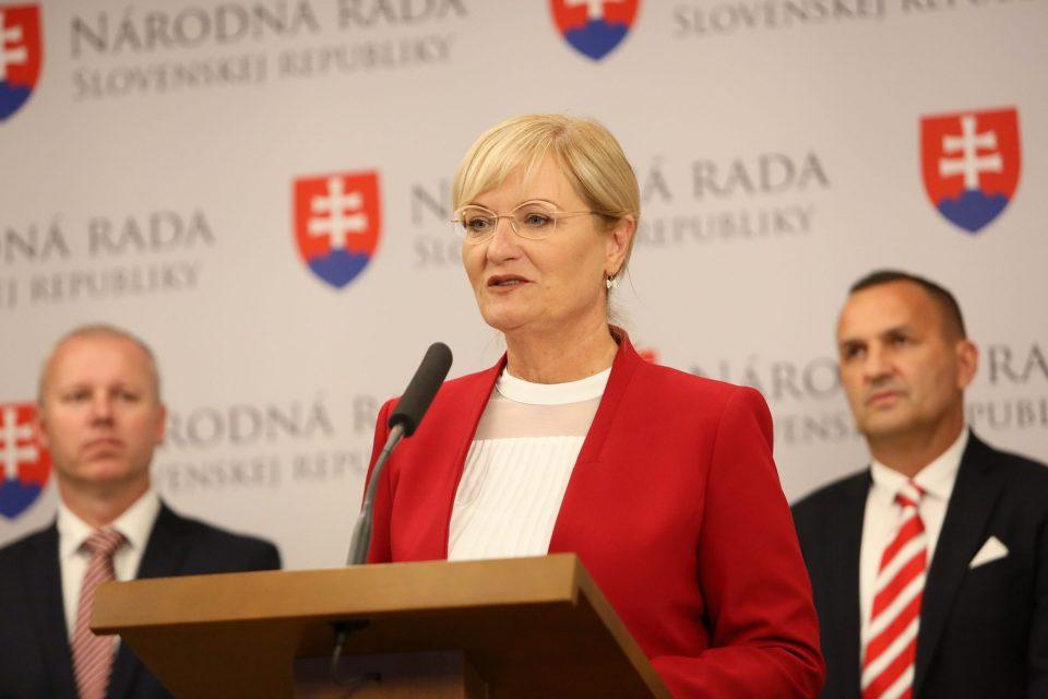 E. Smolíková - Rovnaké výhody pre všetkých bývalých úspešných športovcov