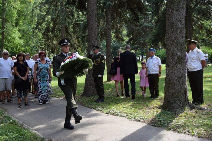 SNS sa zúčastnila pietnej spomienky na obete Slovenského národného povstania