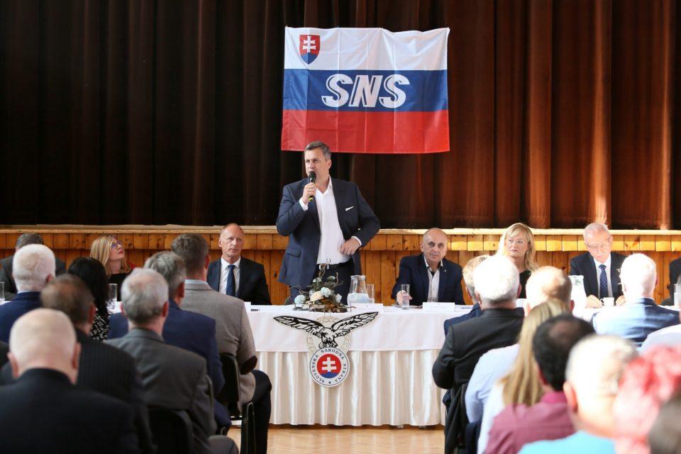Krajský snem SNS na strednom Slovensku