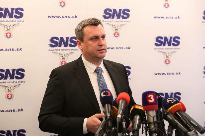 Andrej Danko požiadal o opravu  klamlivých údajov z agentúrnej správy o tom, že chce kandidovať na predsedu SNS.