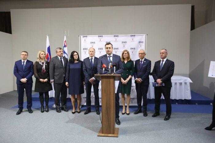 A. Danko - Slováci nebudú platiť diaľničné známky, pokým nebudú postavené diaľnice