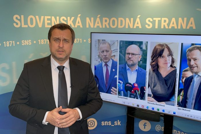 """Andrej Danko """"Pán Fico, pán Pellegrini zvolajte mimoriadnu schôdzu v NRSR. Vyskúšajte Sulíka, Remišovú a Kollára. """""""