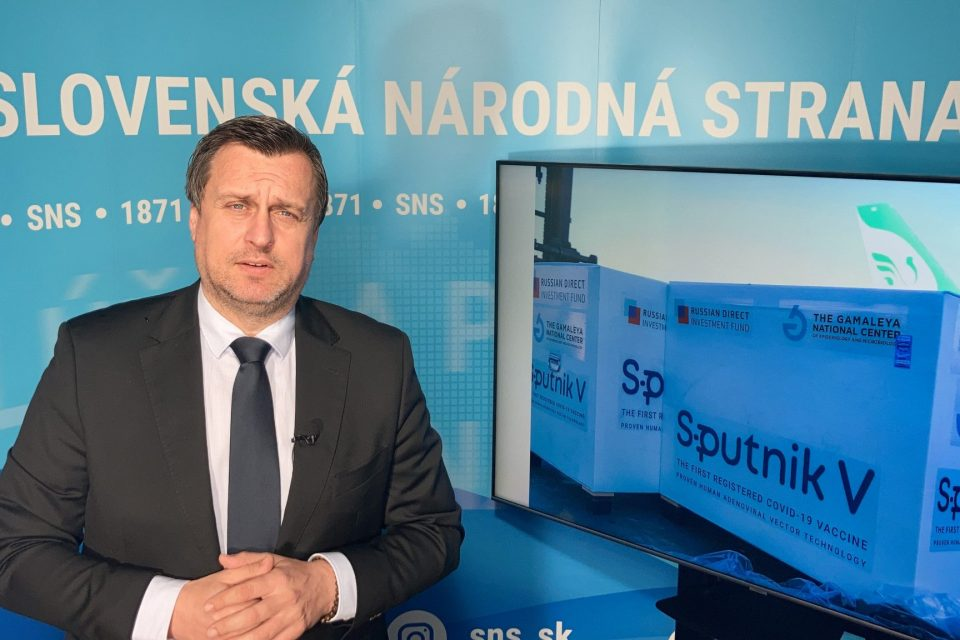 "Andrej Danko ""NEKLAMTE O SPUTNIKU"""