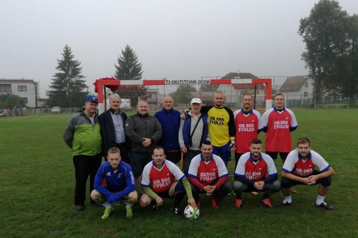 Futbalový turnaj SNS v Očovej